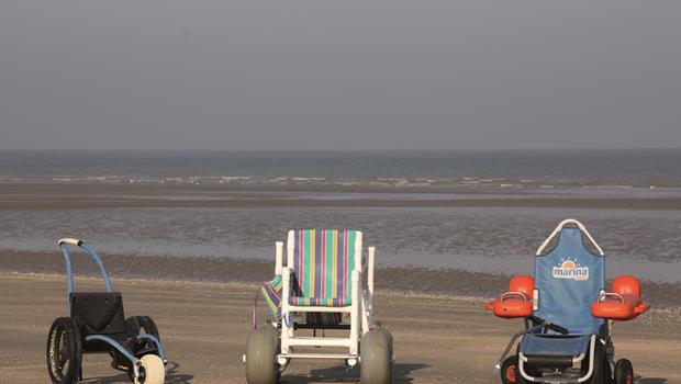 chaisse roulante de plage la panne